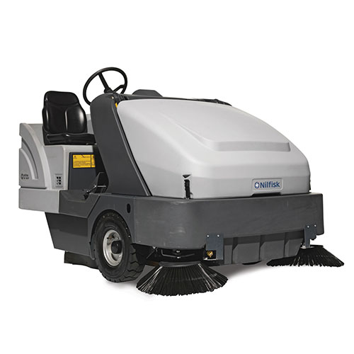 Picture showing a front-view of a Nilfisk Sweeper