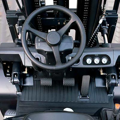 Picture showing a Doosan Industrial truck interior